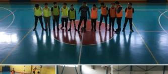 """""""Beslenme Dostu Okul"""" ve """"eTwinning – Mavi Kart (Fair-Play )"""" projeleri kapsamında düzenlediğimiz sınıflar arası futsal(Salon Futbolu) turnuvası başladı."""