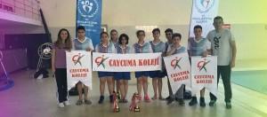 Zonguldak Okul Sporları Yıldızlar Yüzme İl Birinciliği yarışlarında 18 Altın ,24 Gümüş , 15 Bronz ile toplamda 57 madalya kazanarak Kızlarda il ikincisi Erkeklerde ise il üçüncüsü olan öğrencilerimizi tebrik eder başarılarının devamını dileriz.